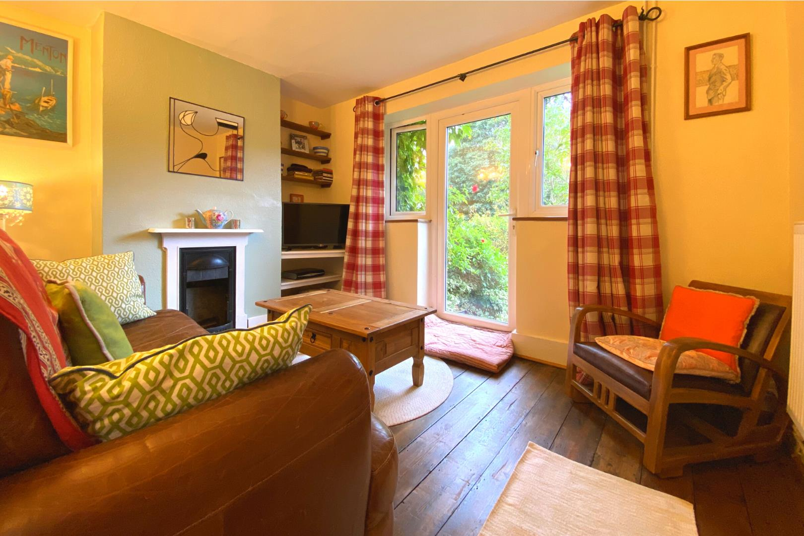 2 bed house for sale in Wonersh  - Property Image 2