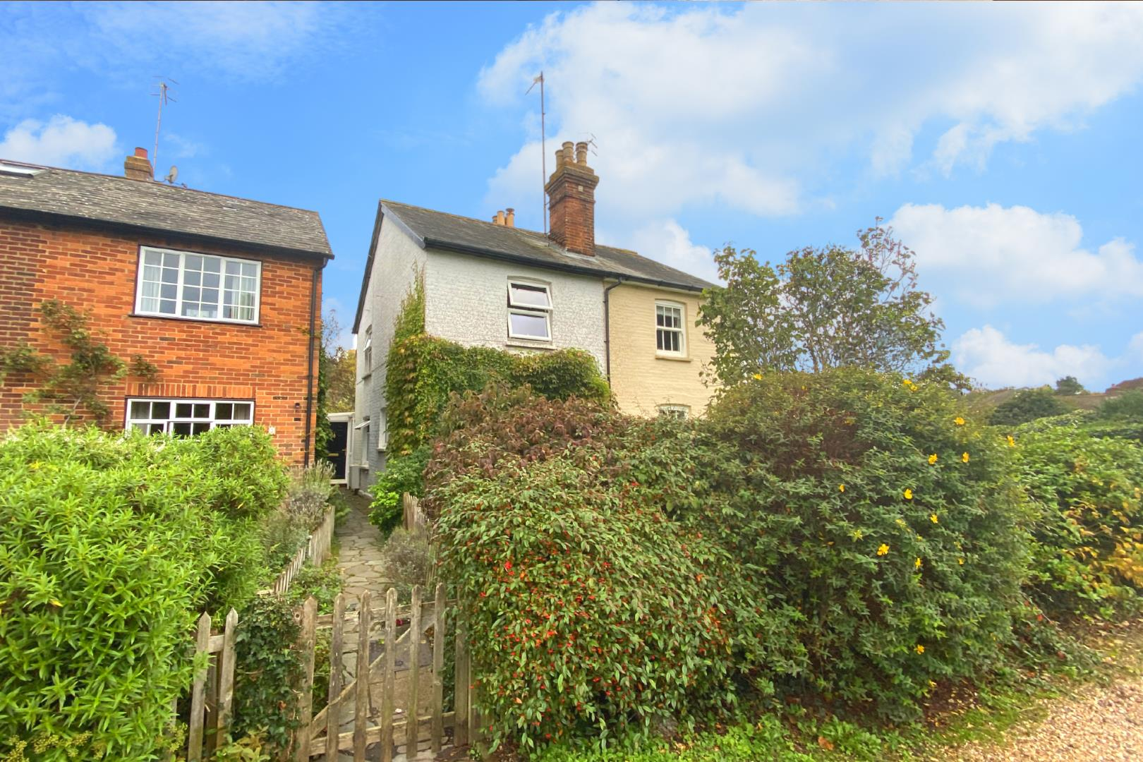 2 bed house for sale in Wonersh 11
