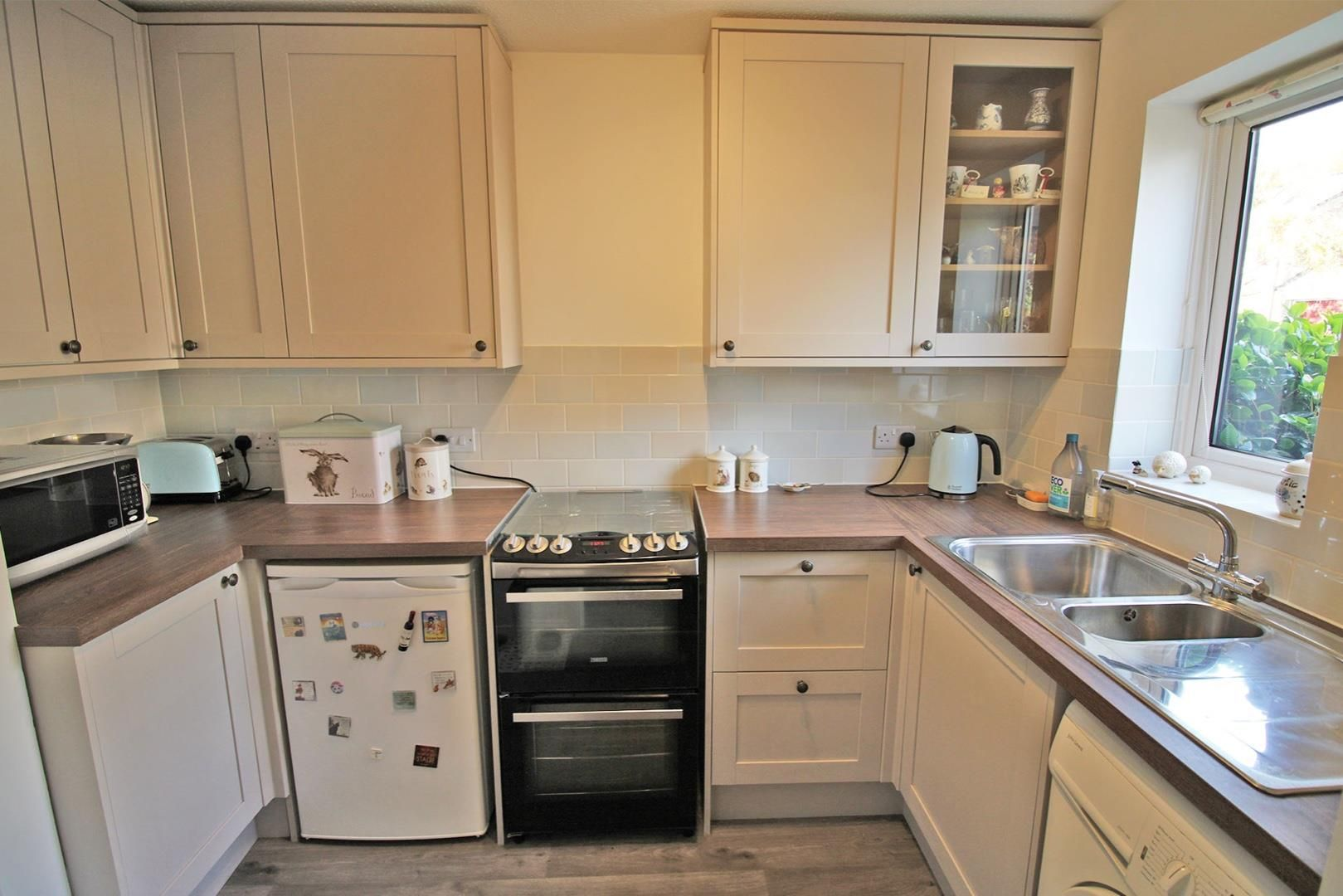 2 bed terraced for sale in Forest Park 5