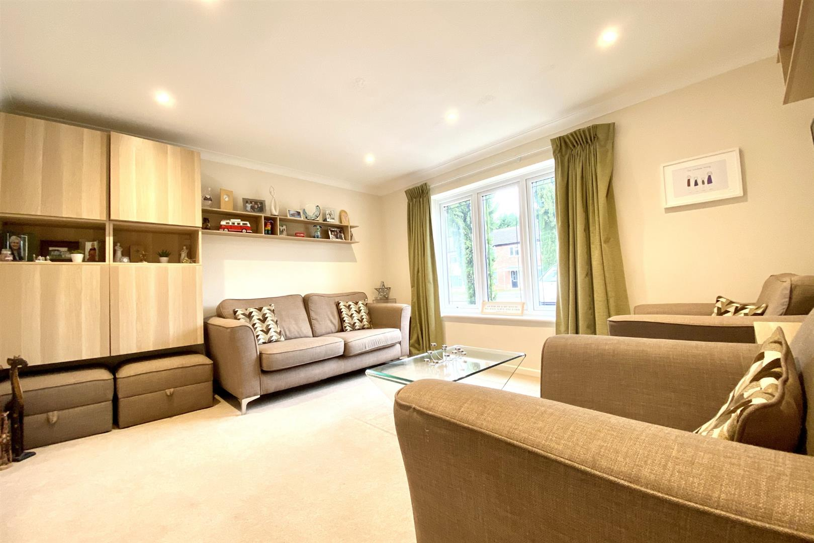 3 bed end of terrace for sale in Winnersh  - Property Image 11