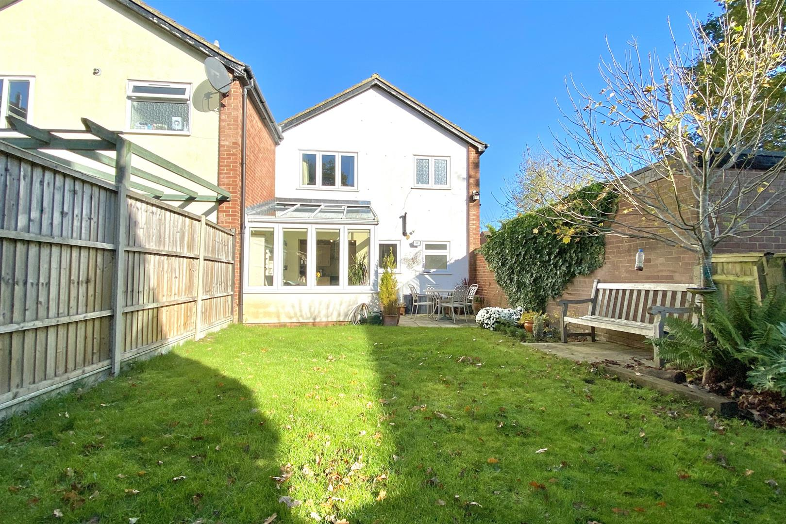 3 bed end of terrace for sale in Winnersh  - Property Image 14