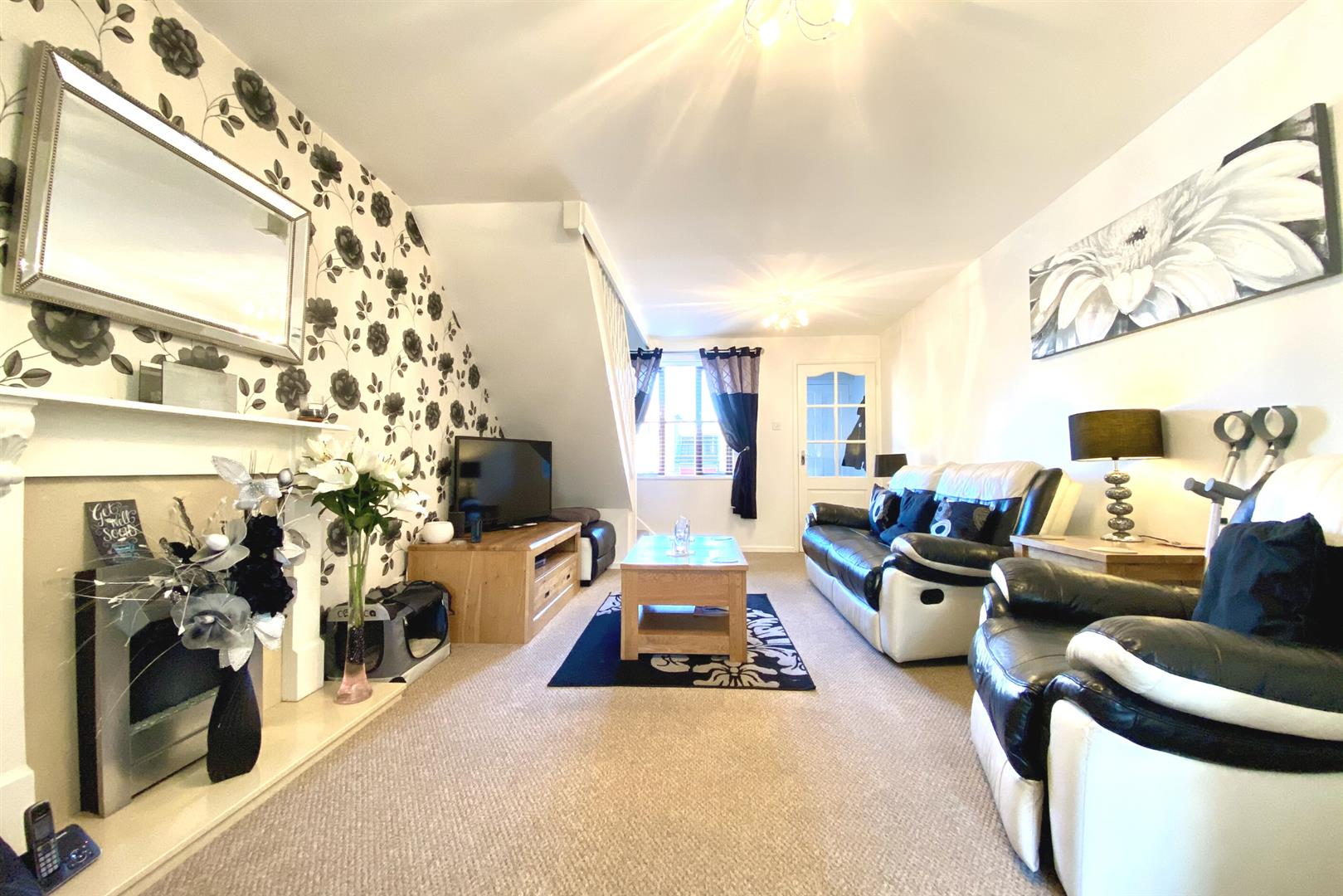 3 bed end of terrace for sale in Lower Earley  - Property Image 2