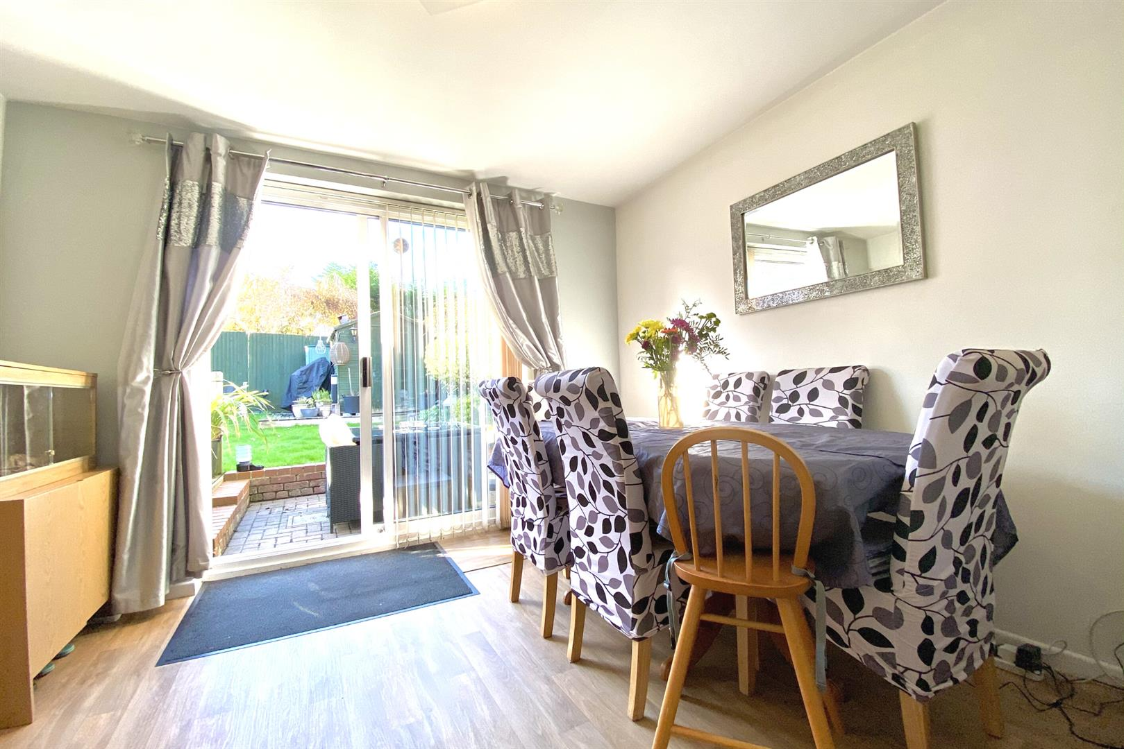 3 bed end of terrace for sale in Lower Earley 7