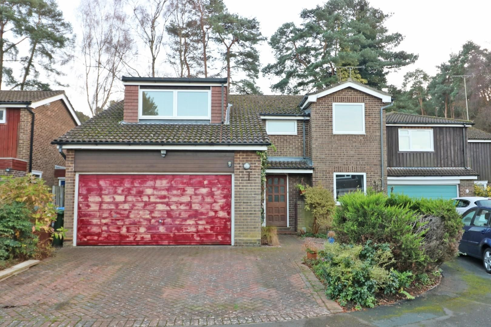 5 bed detached for sale in Wooden Hill, RG12