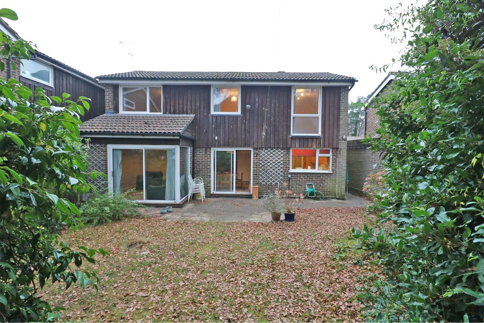5 bed detached for sale in Wooden Hill  - Property Image 2