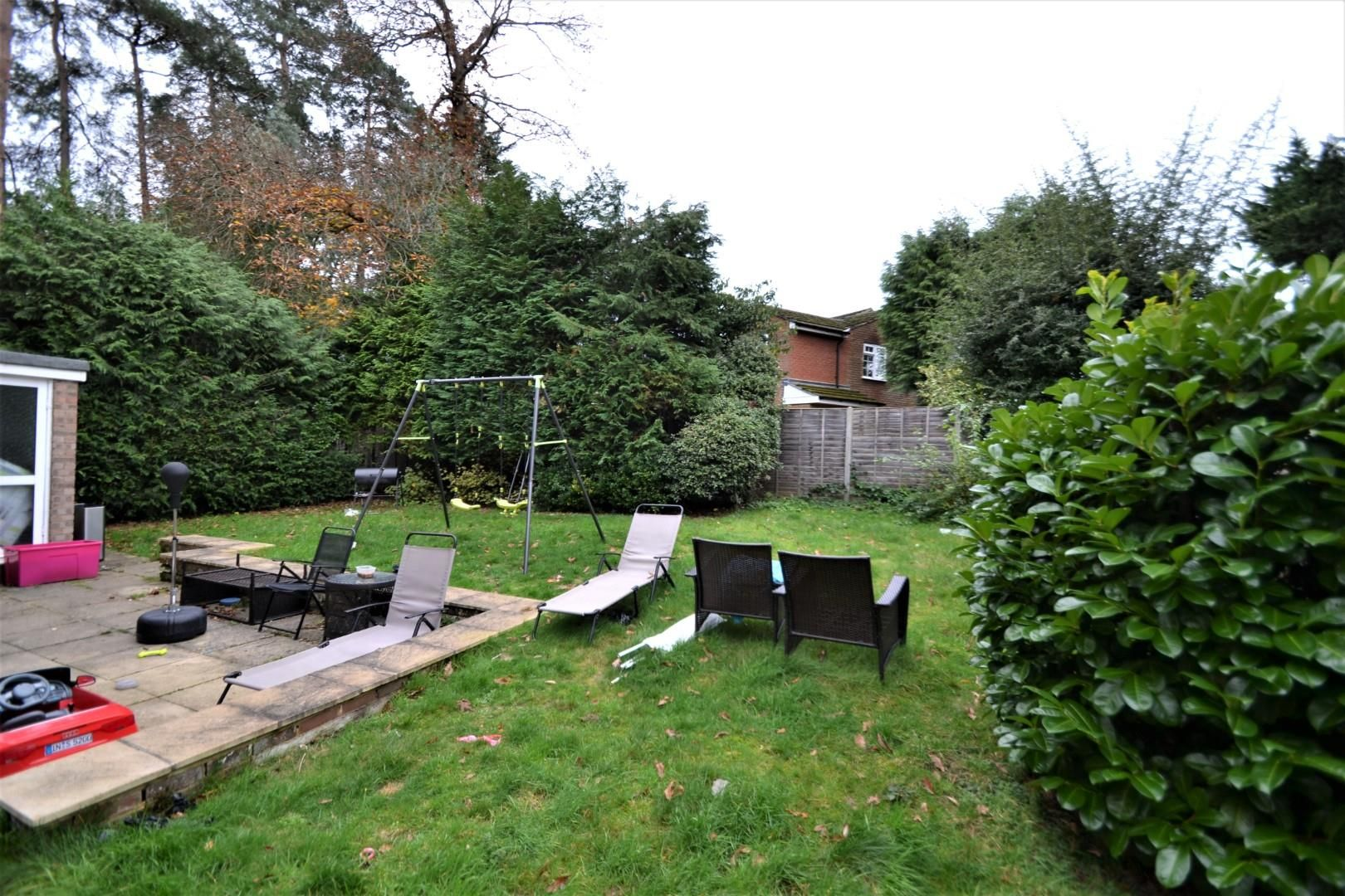 4 bed house for sale  - Property Image 10