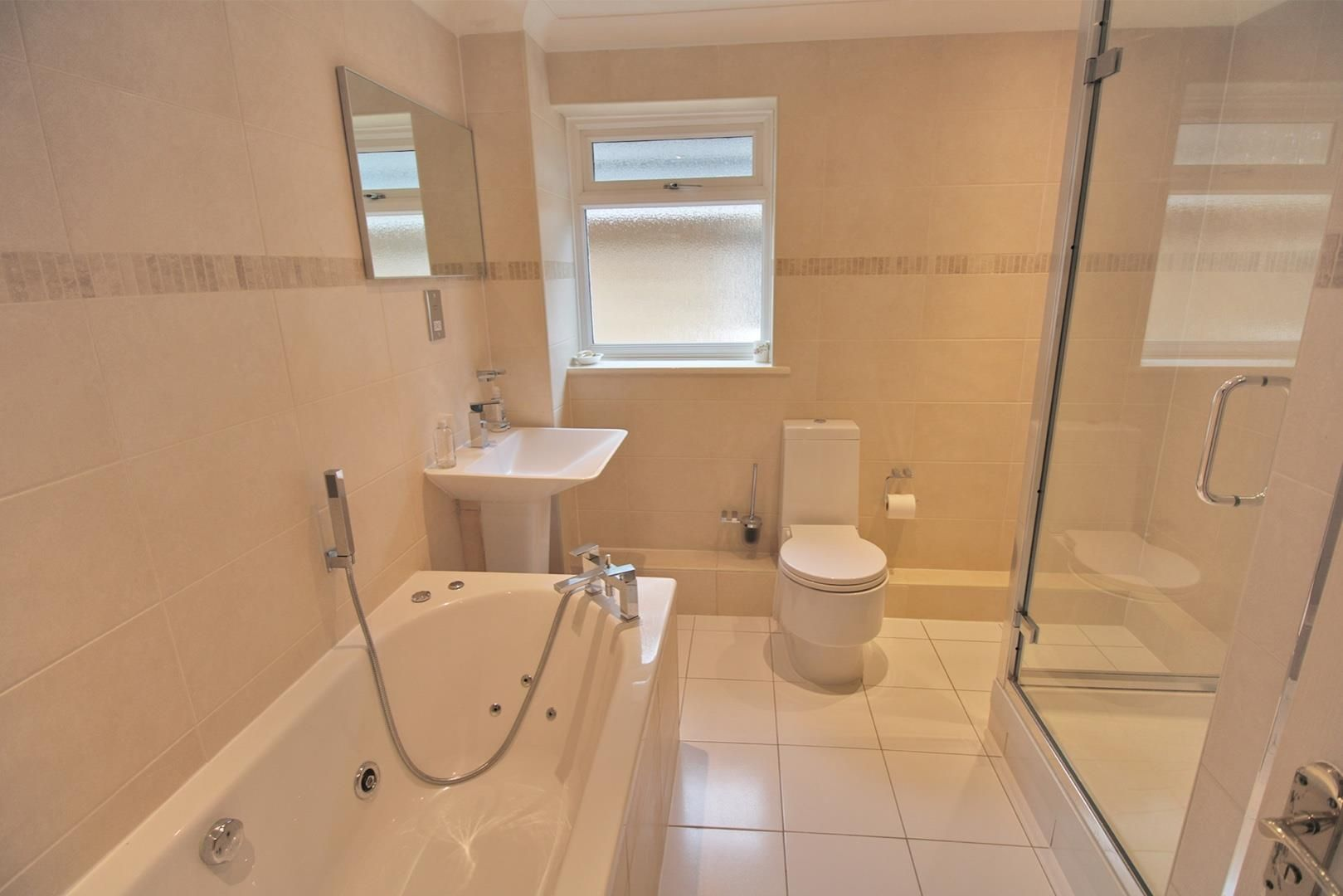 5 bed detached for sale 14