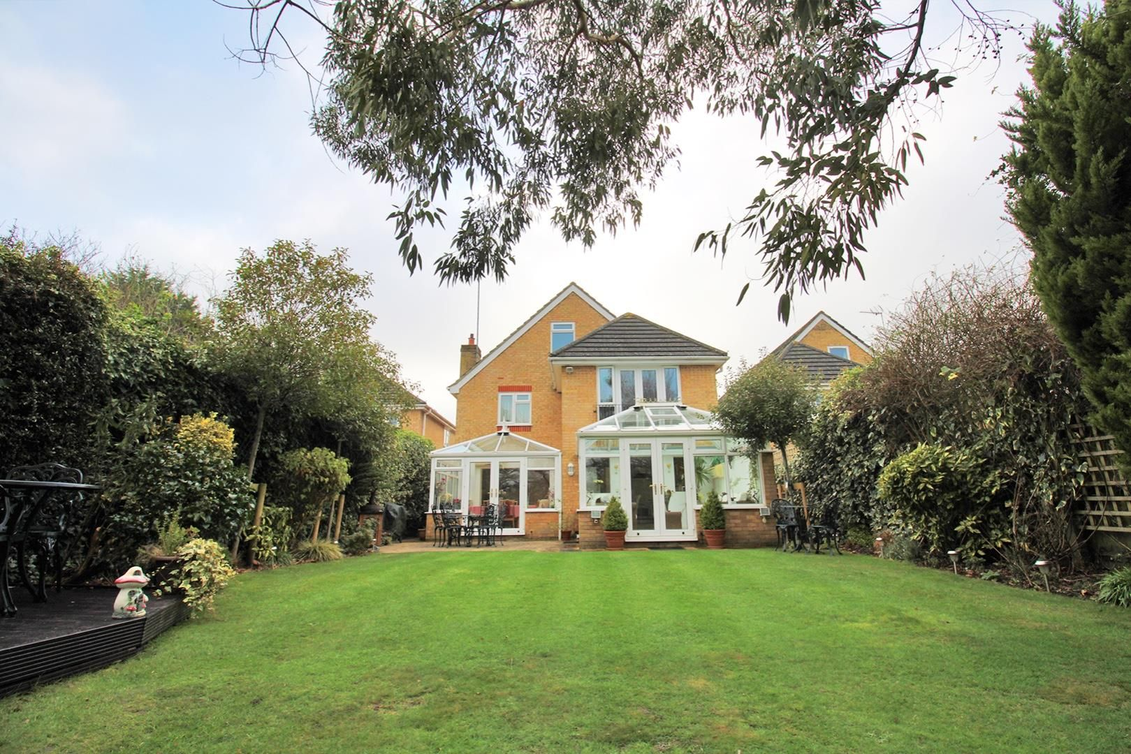 5 bed detached for sale 19