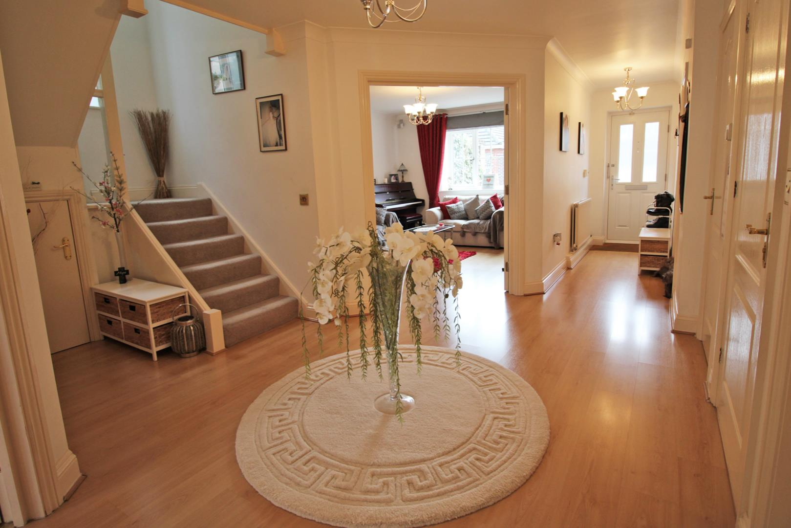 5 bed detached for sale 5