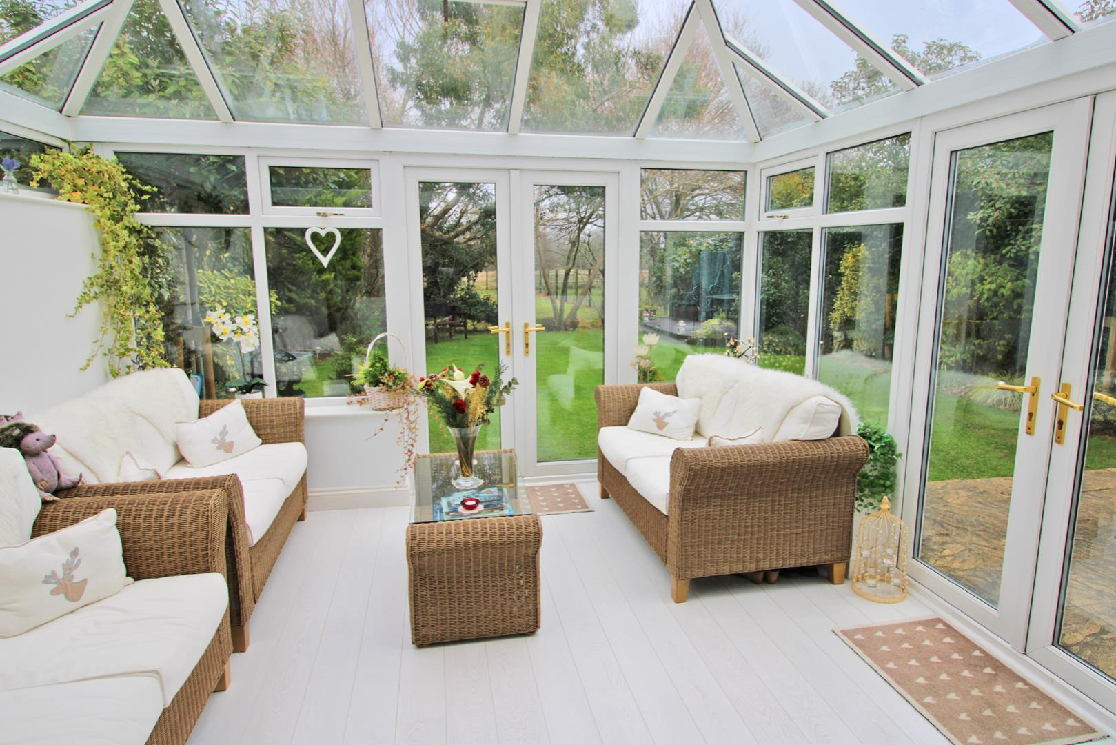 5 bed detached for sale 9
