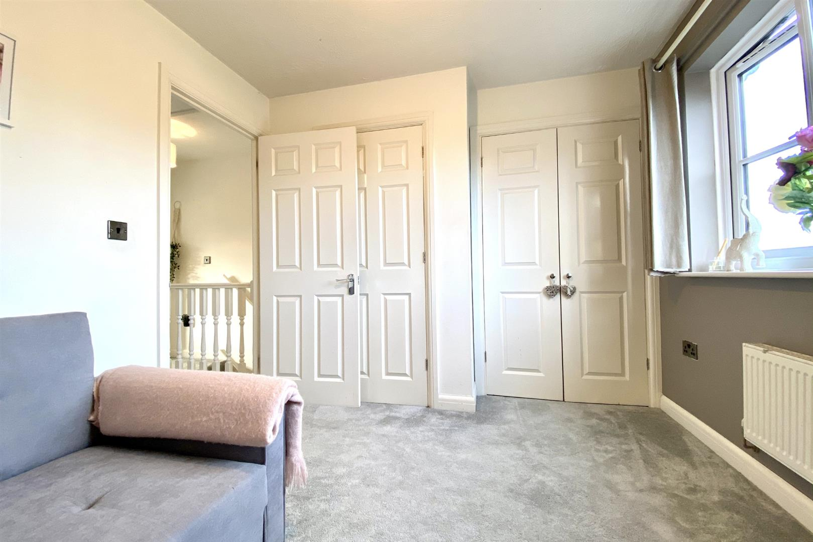 2 bed terraced for sale in Three Mile Cross 6