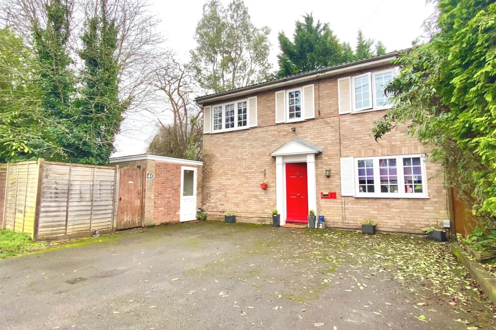 4 bed detached for sale in Charvil, RG10
