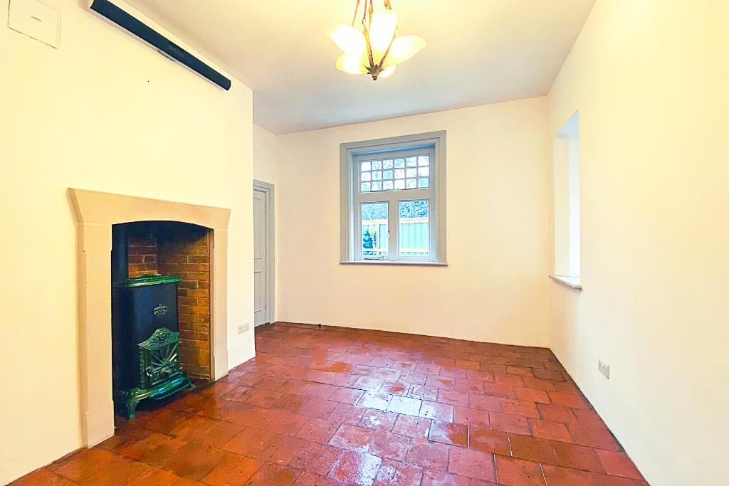 4 bed semi-detached for sale 9