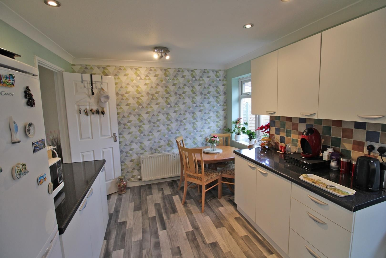 4 bed terraced for sale in Hanworth 3