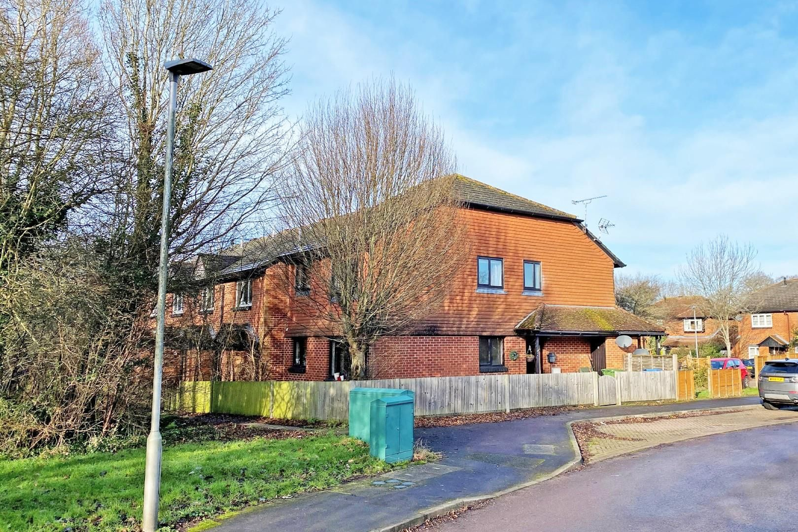 2 bed maisonette for sale in Warfield, RG42