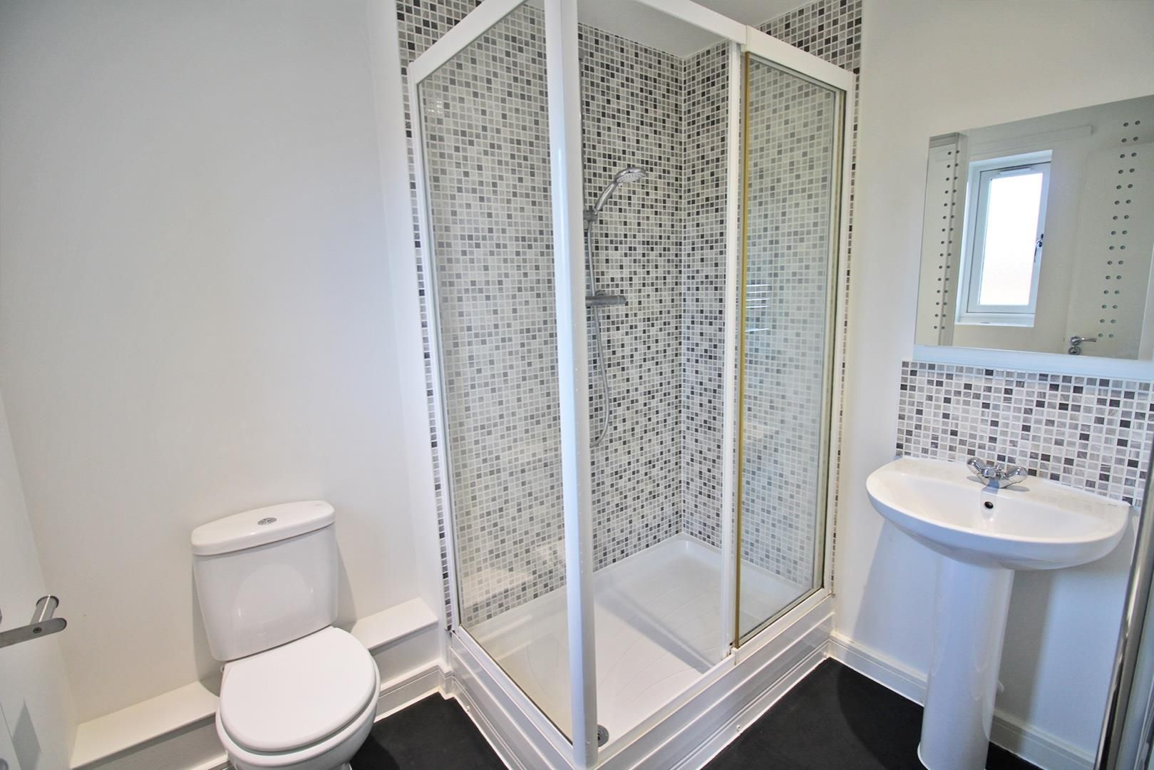2 bed apartment to rent in The Parks  - Property Image 6