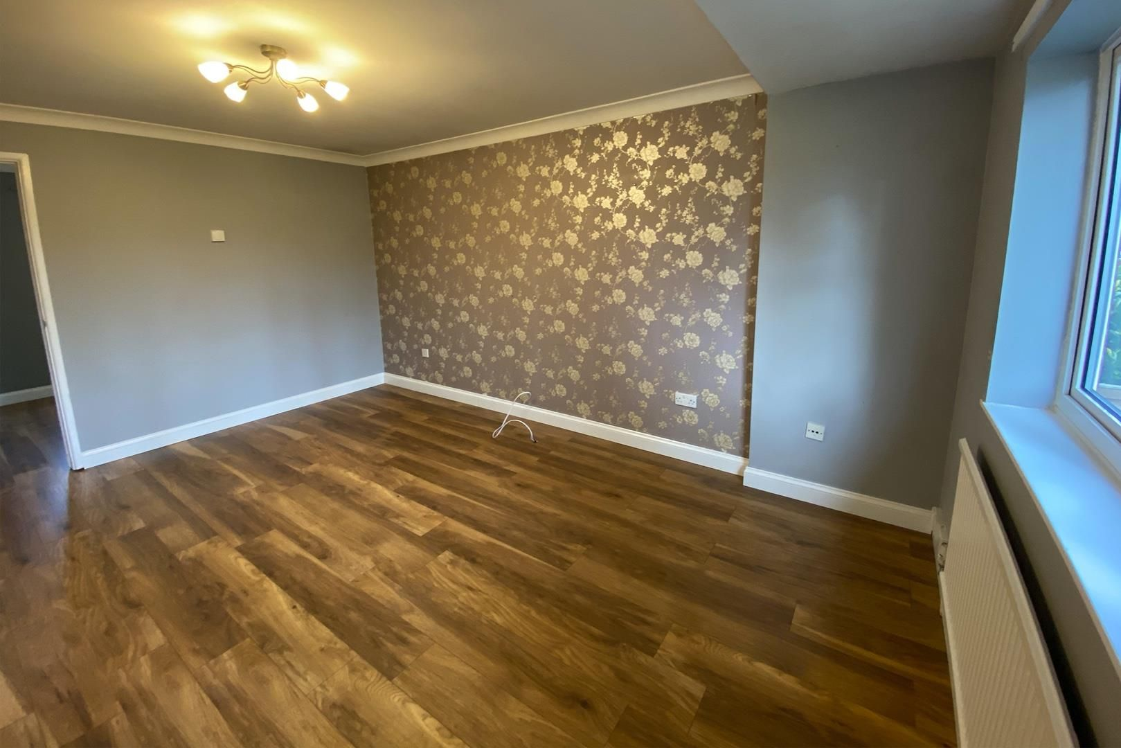 3 bed terraced to rent in Crown Wood 3