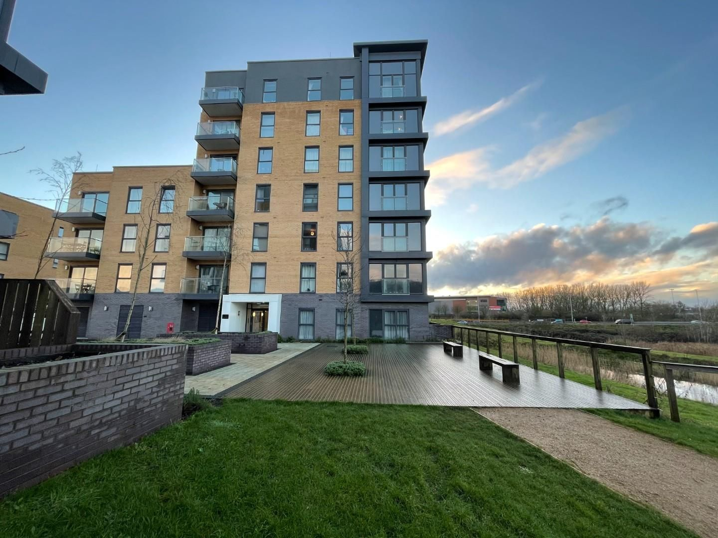 2 bed apartment for sale in Padworth Avenue, RG2