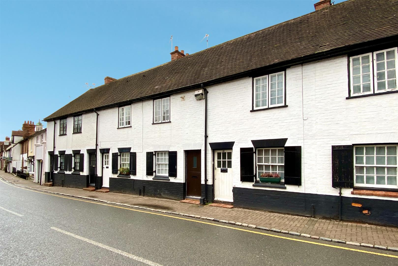 2 bed terraced for sale in Wargrave, RG10