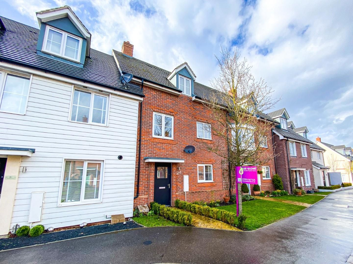 2 bed house for sale in Church Crookham, GU52