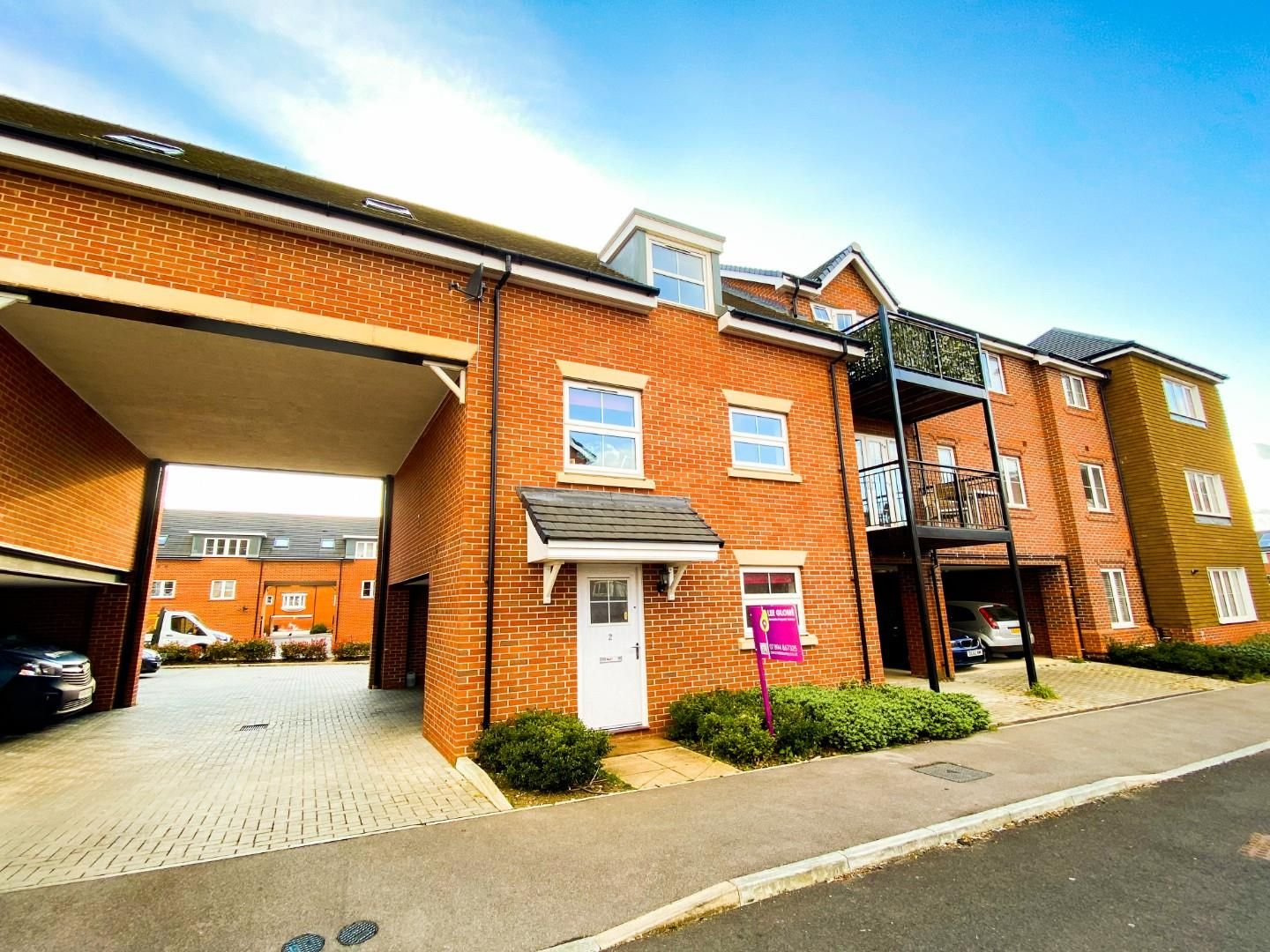 3 bed house for sale in Church Crookham, GU52