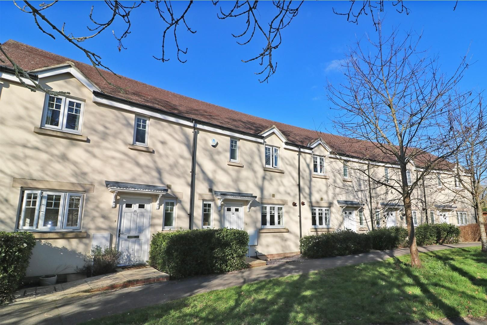 3 bed house for sale, RG40