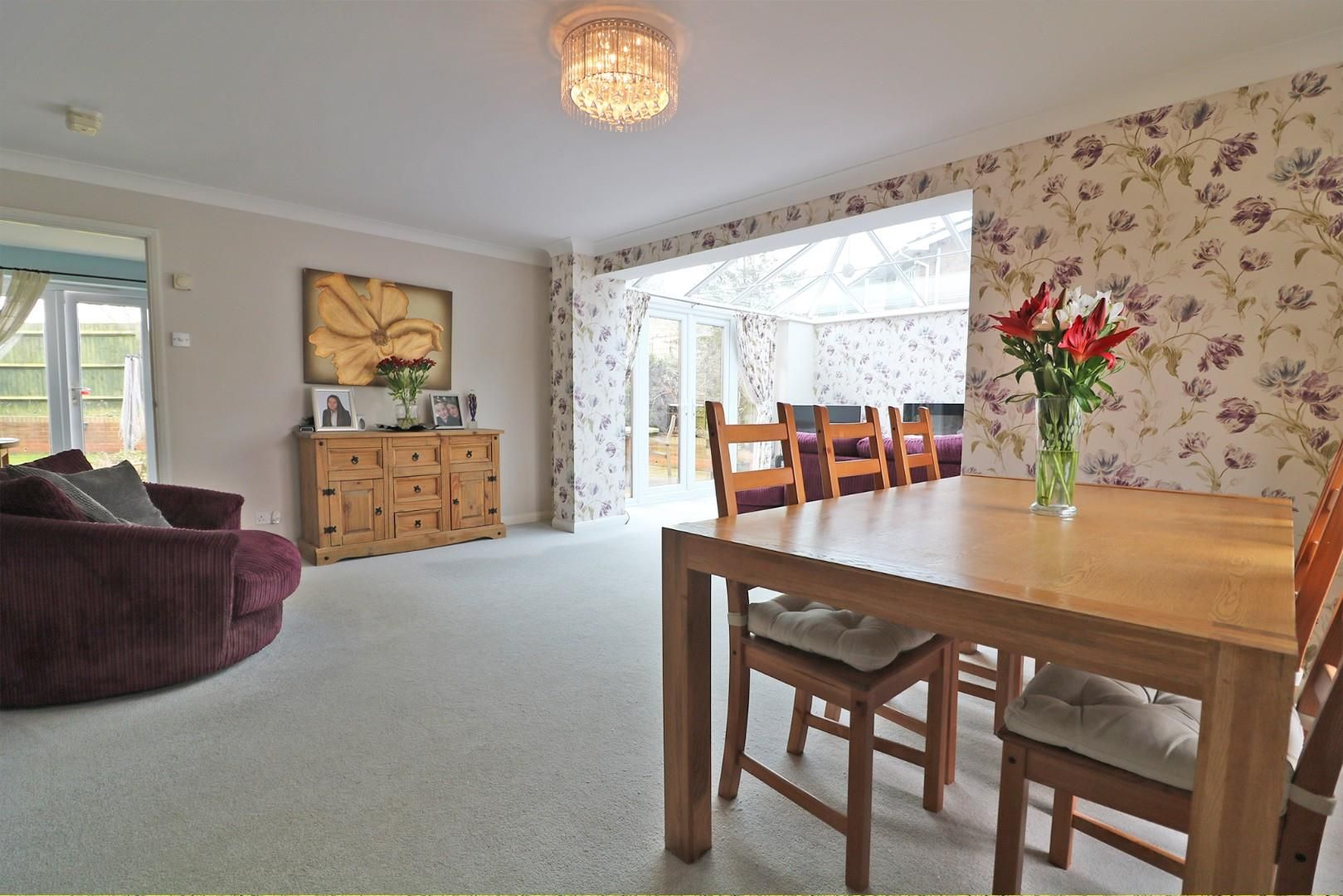 3 bed house for sale in Woodley  - Property Image 4