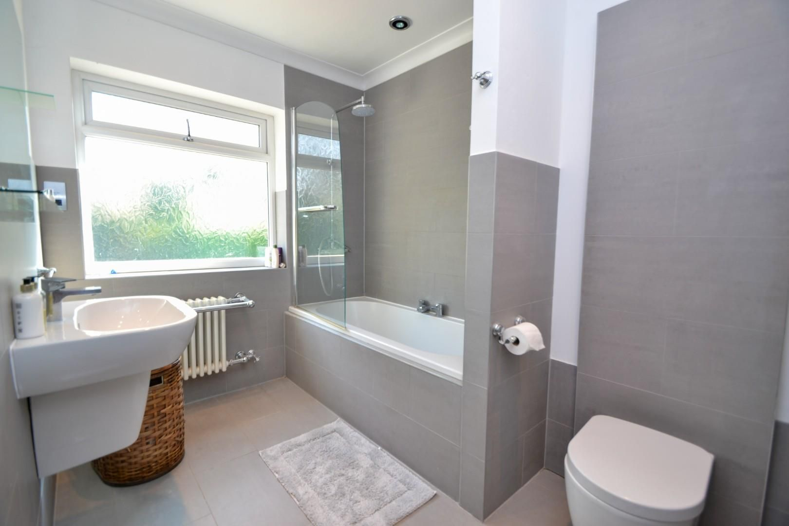 5 bed house for sale  - Property Image 12