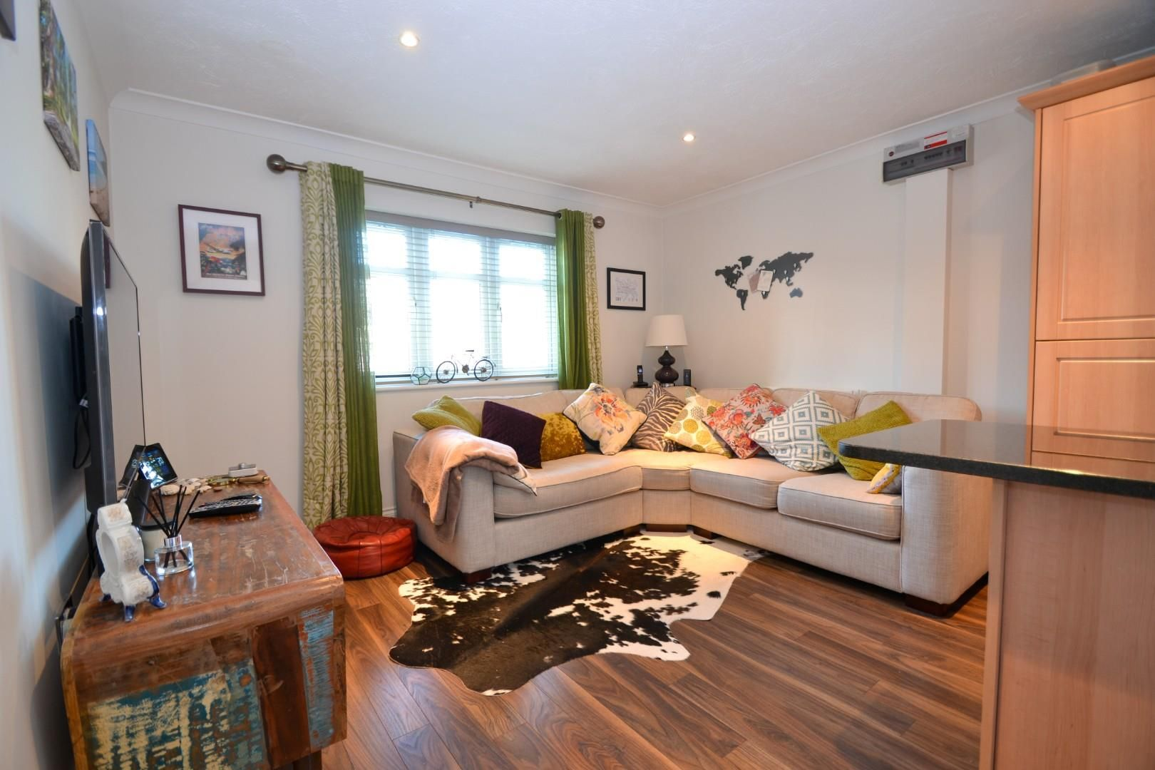 2 bed apartment for sale 2