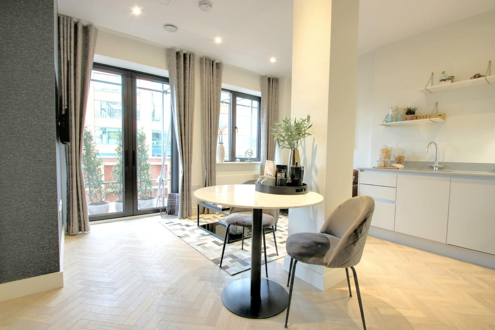 2 bed apartment for sale, SL1