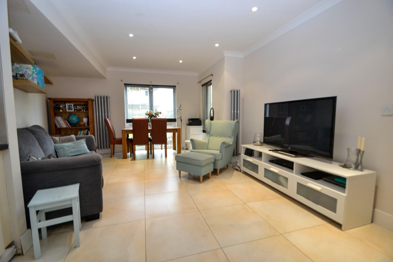 2 bed apartment for sale  - Property Image 4