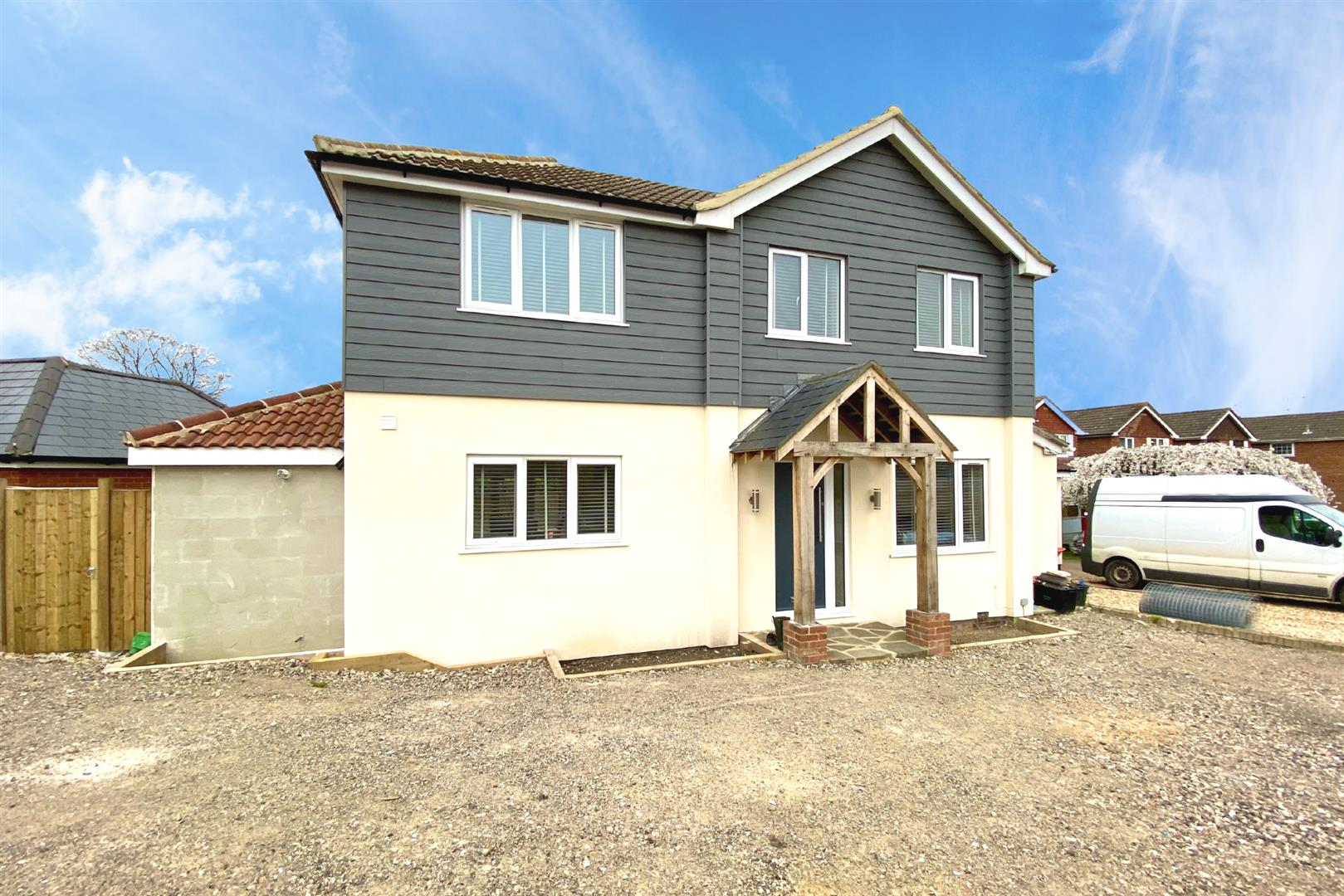 4 bed detached for sale in Shinfield, RG2