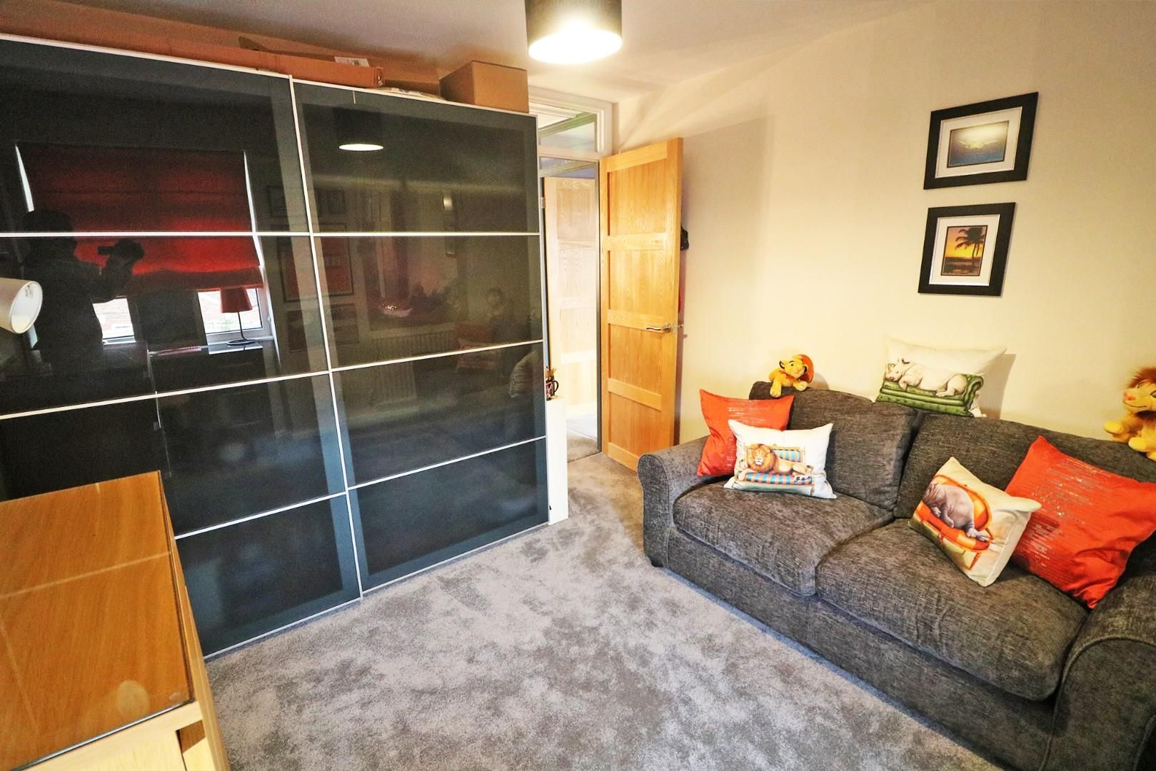3 bed semi-detached to rent in Caversham  - Property Image 7