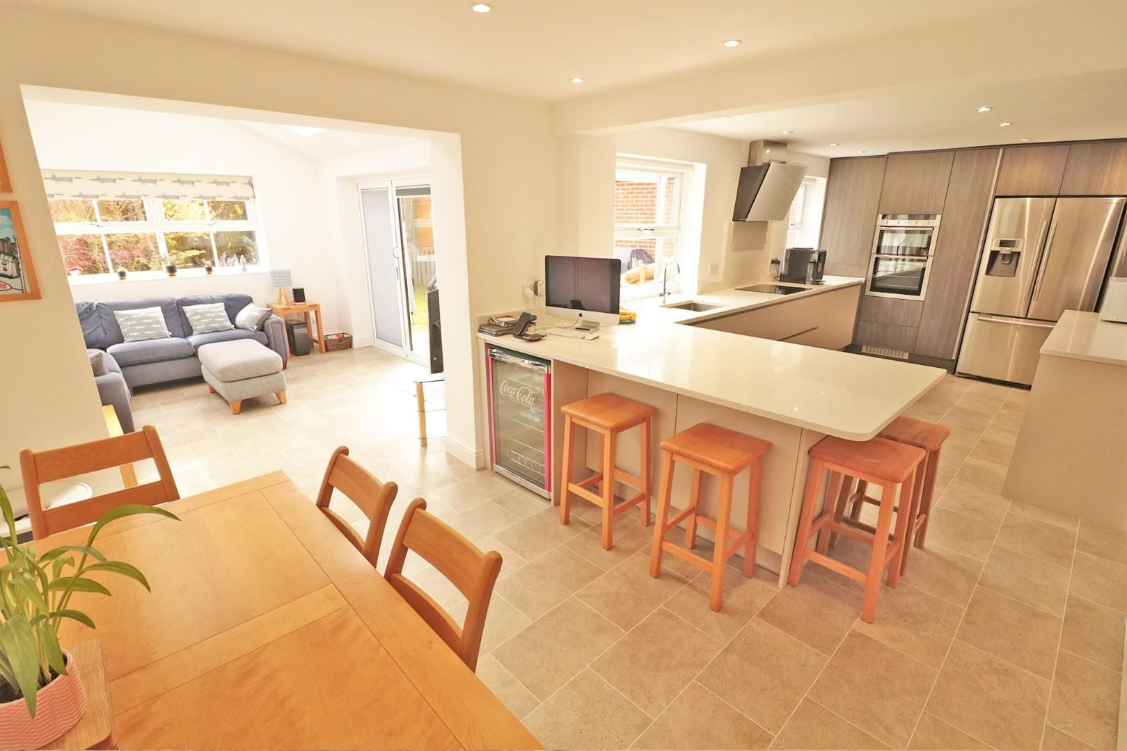 4 bed detached for sale in Binfield  - Property Image 2