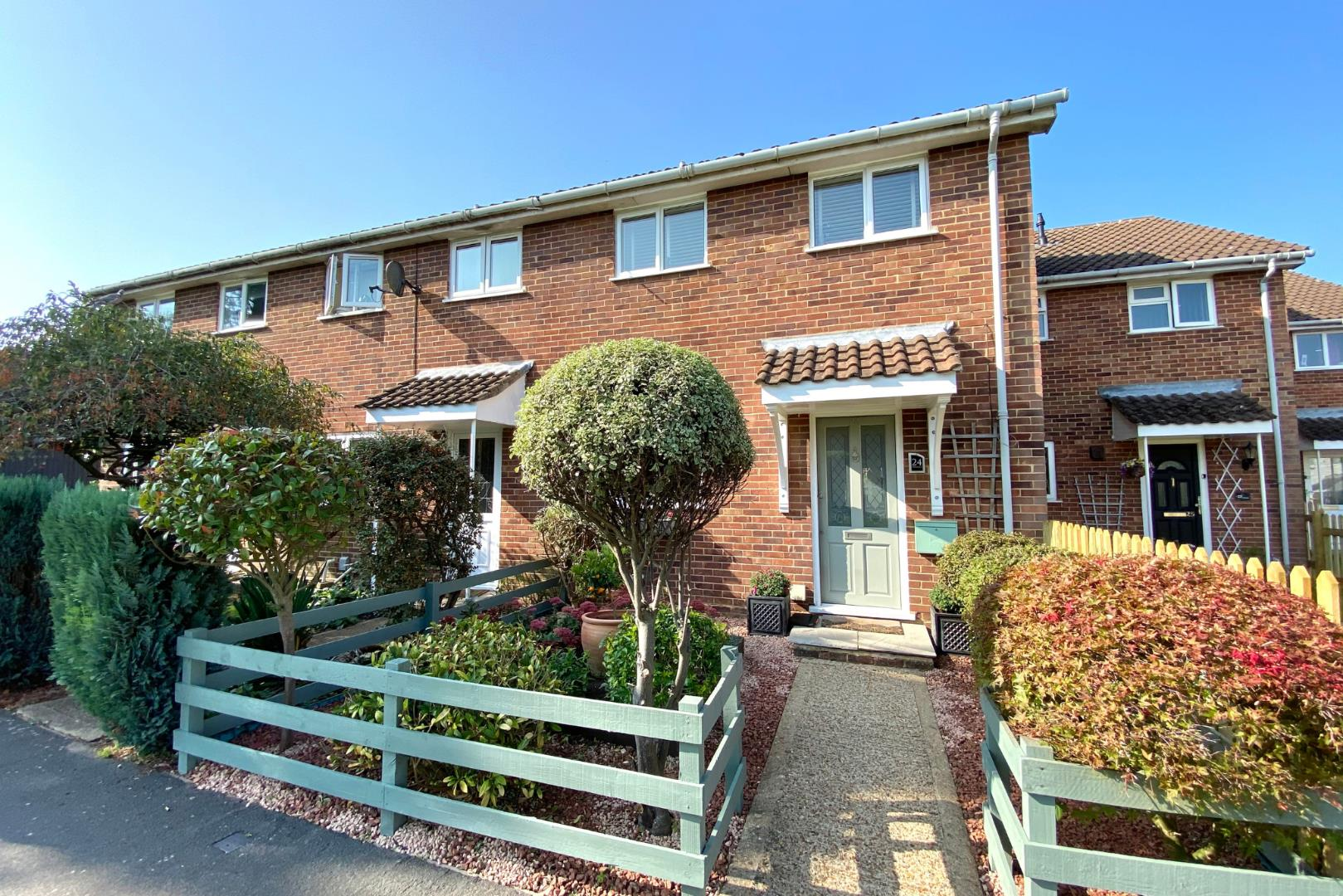 2 bed house for sale, RG12