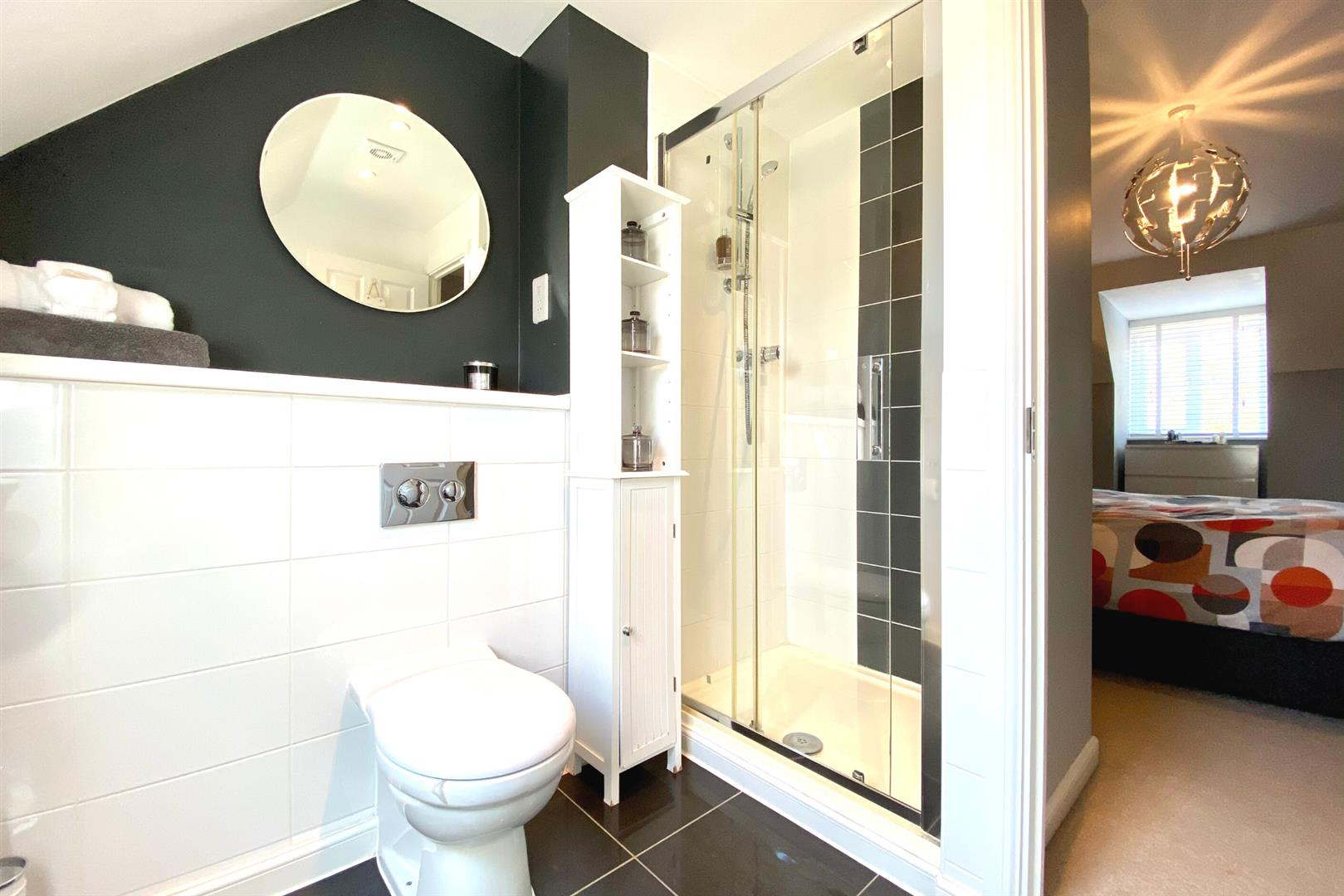 5 bed detached for sale in Three Mile Cross 9