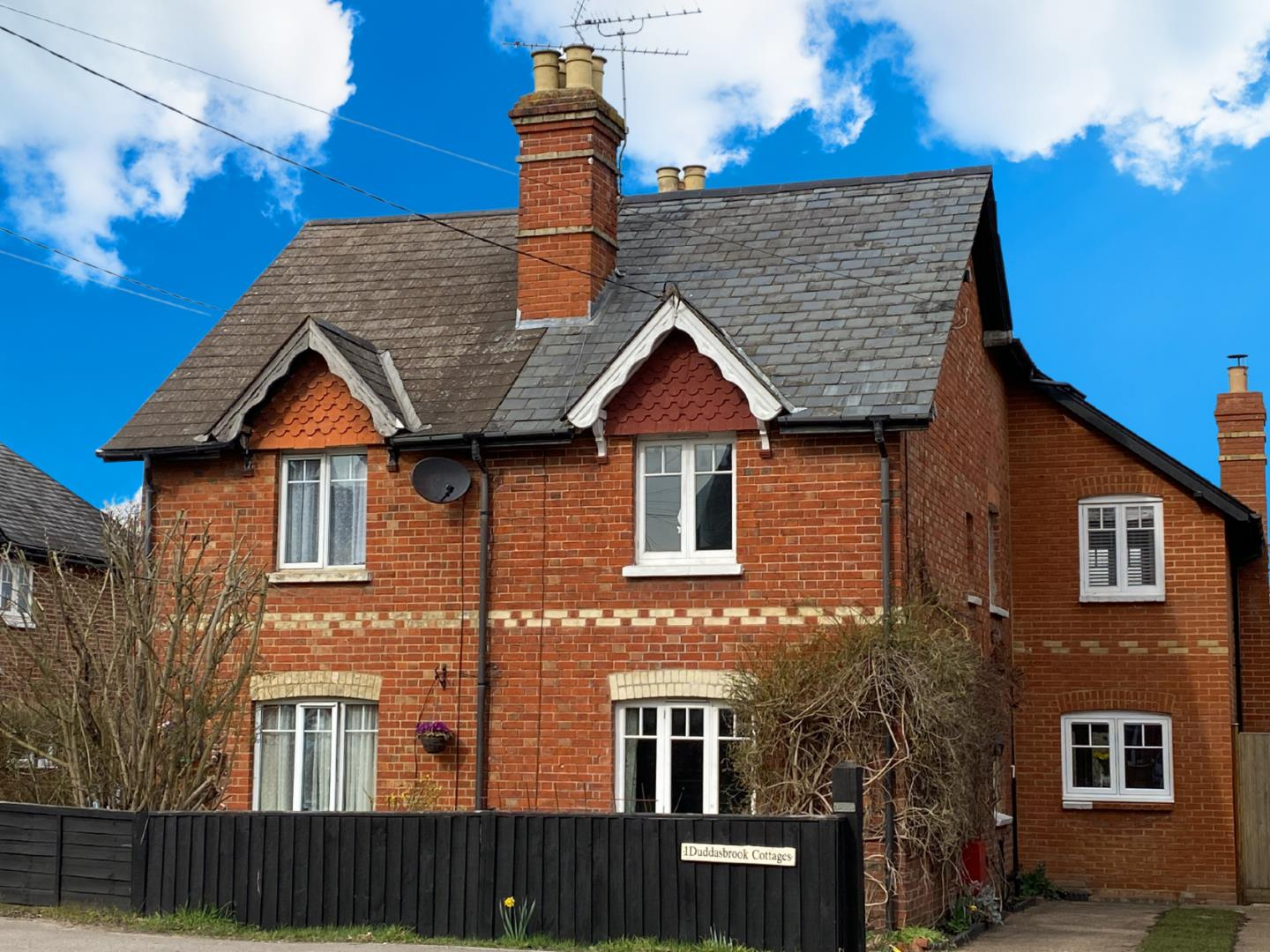 3 bed house for sale, GU46