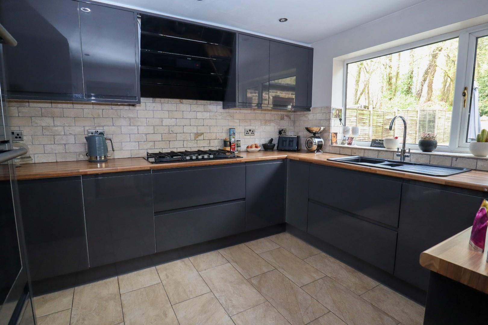 5 bed detached for sale in Blackwater 6