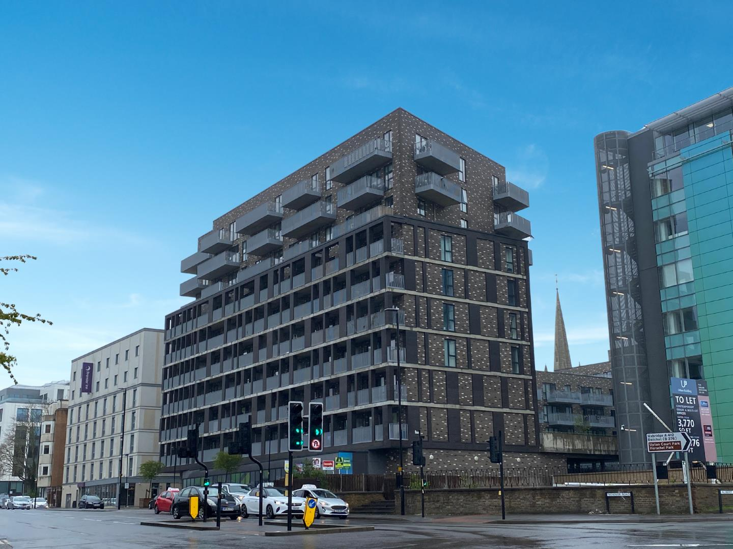 2 bed flat for sale, SL1