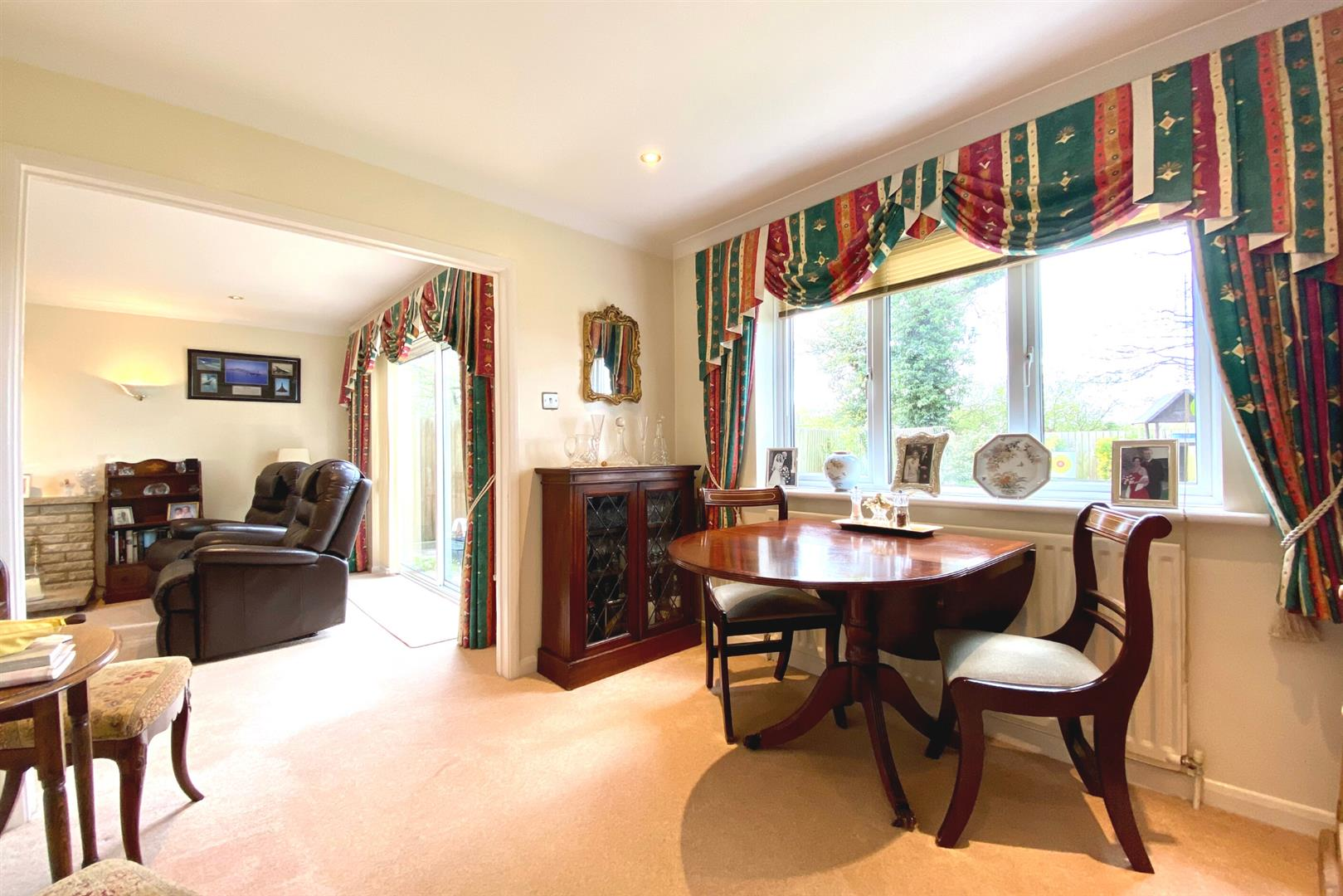 4 bed detached for sale in Winnersh  - Property Image 5