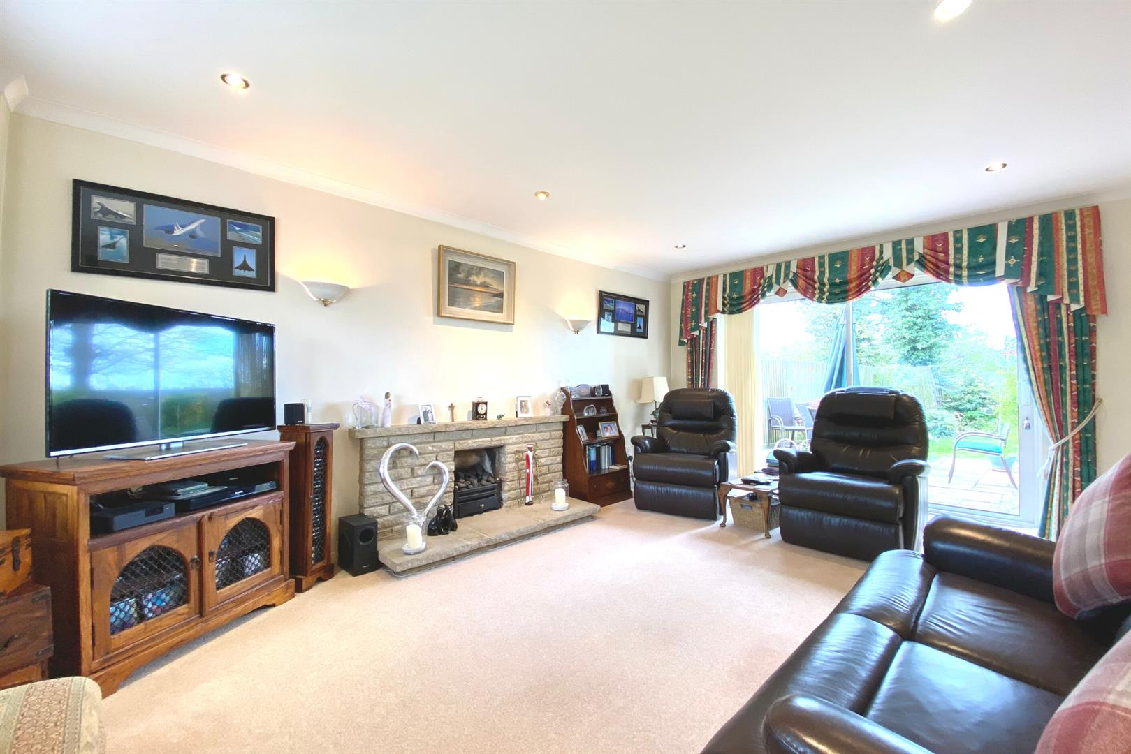 4 bed detached for sale in Winnersh  - Property Image 8
