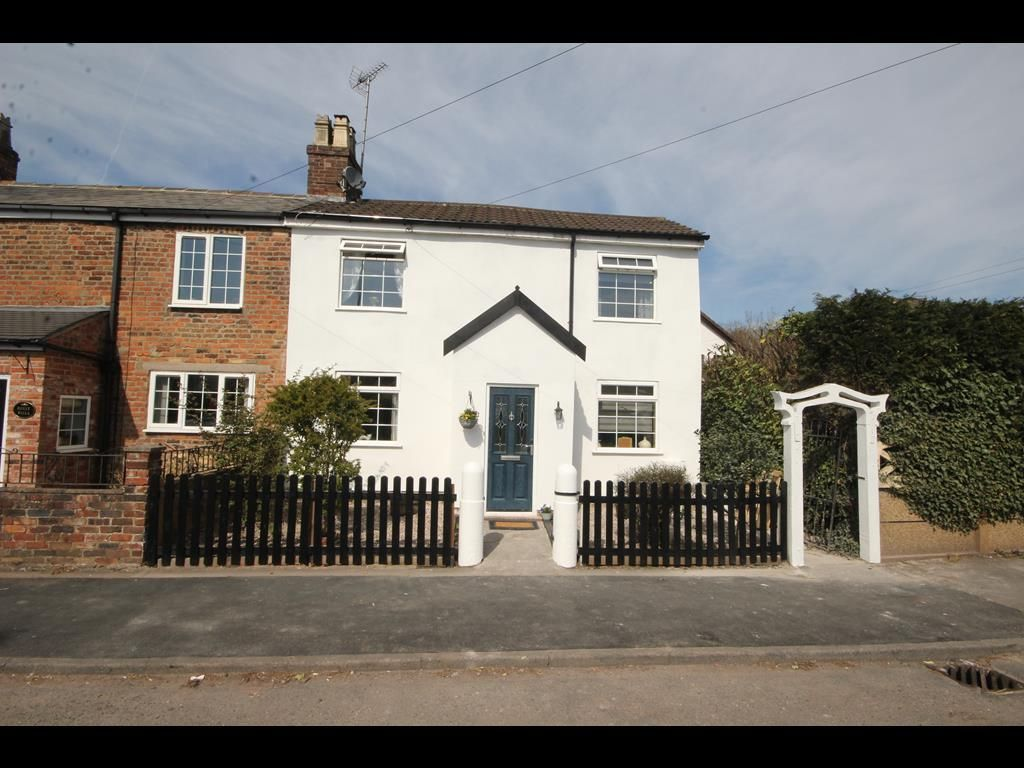 3 bed house for sale in Blythe Bridge, ST11