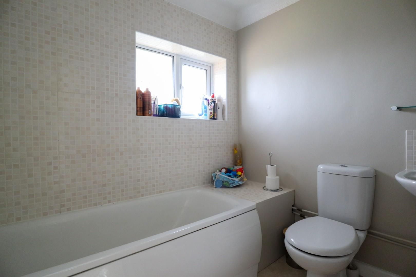 3 bed house for sale  - Property Image 10