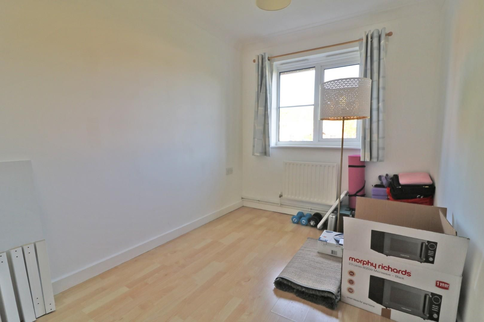 2 bed apartment to rent  - Property Image 6