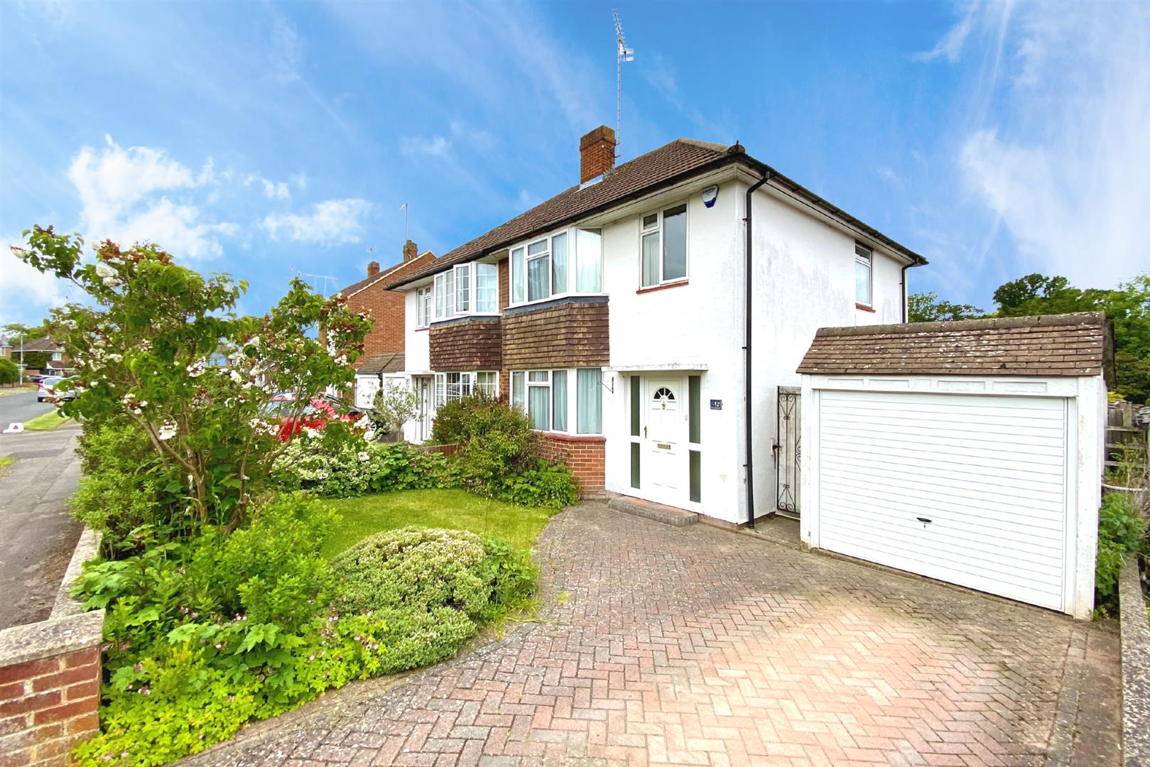 3 bed semi-detached for sale in Earley, RG6
