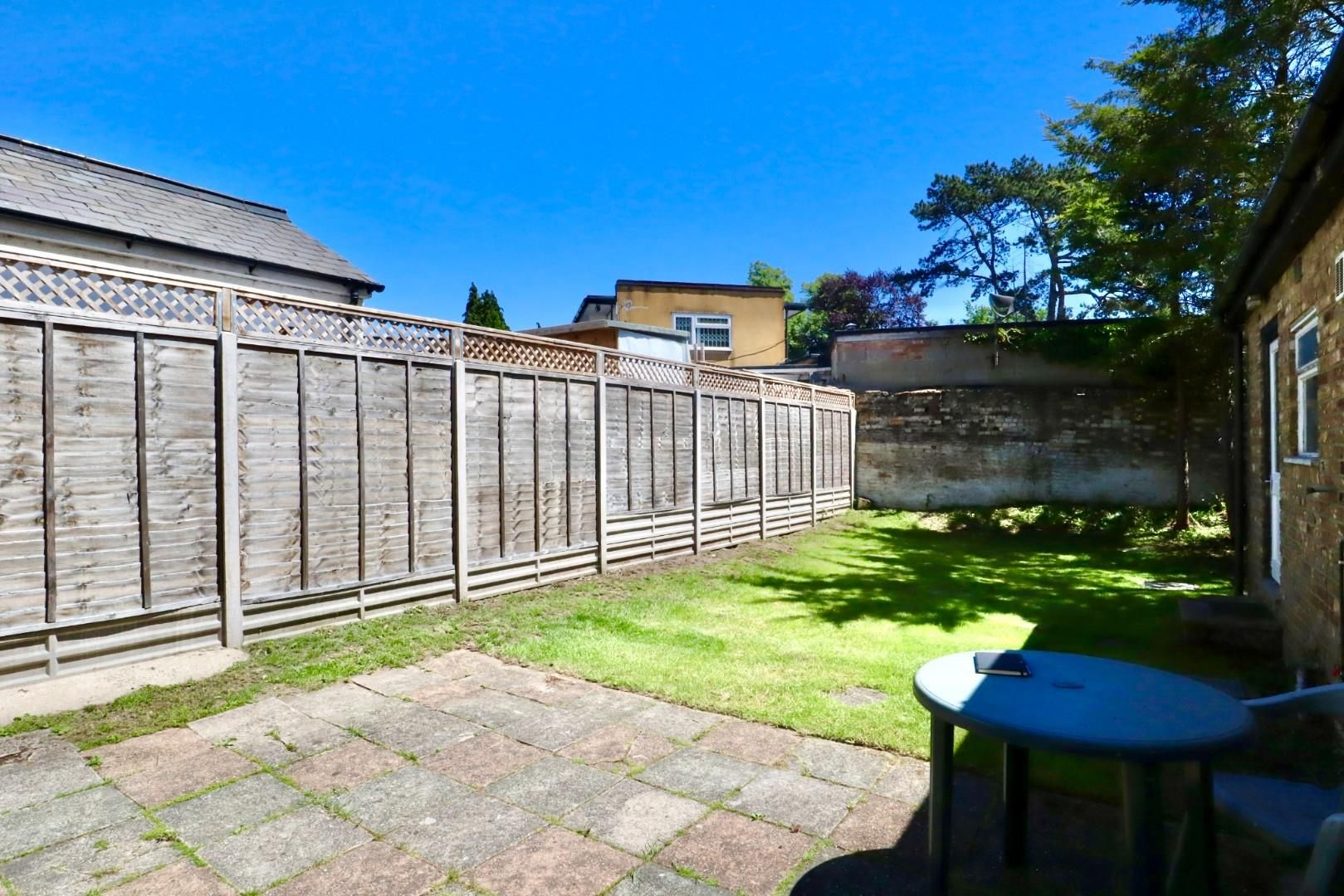 4 bed maisonette to rent  - Property Image 11