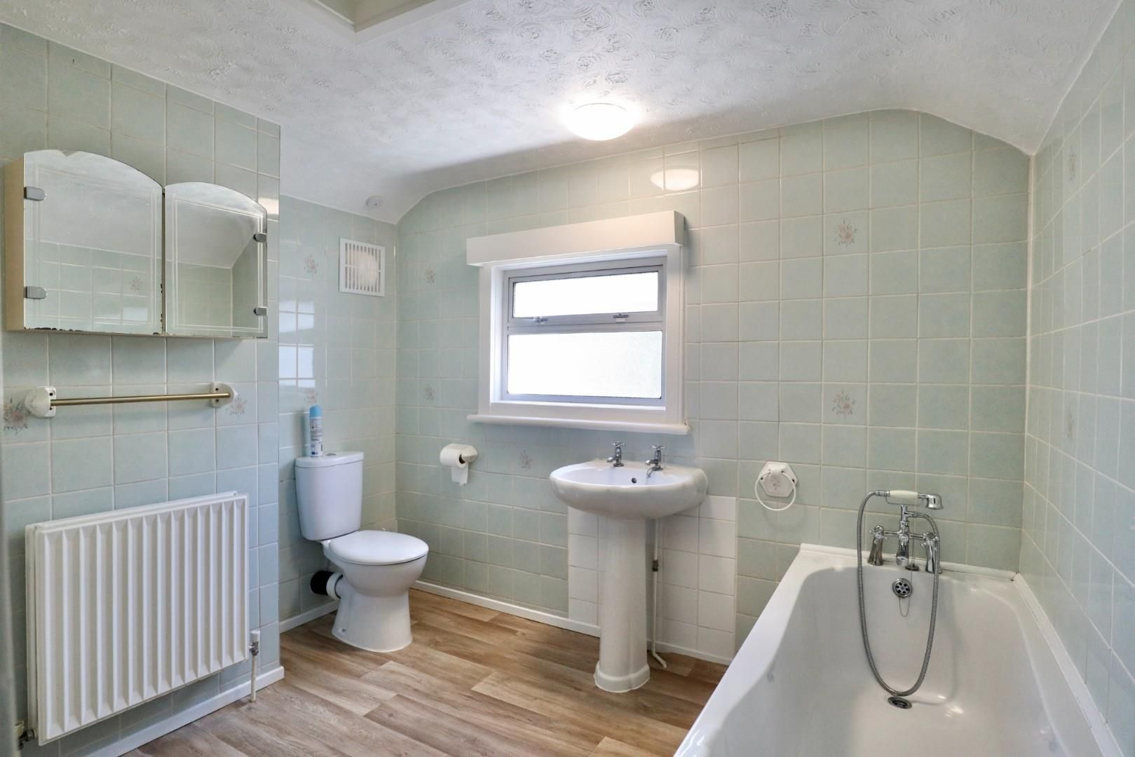 4 bed maisonette to rent  - Property Image 4