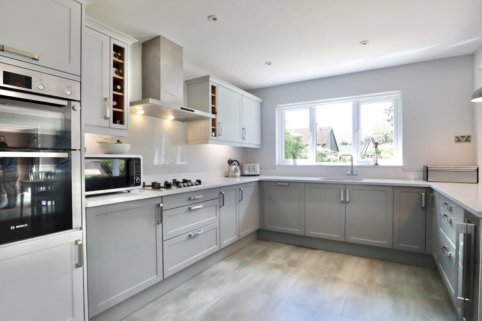 4 bed detached to rent  - Property Image 12