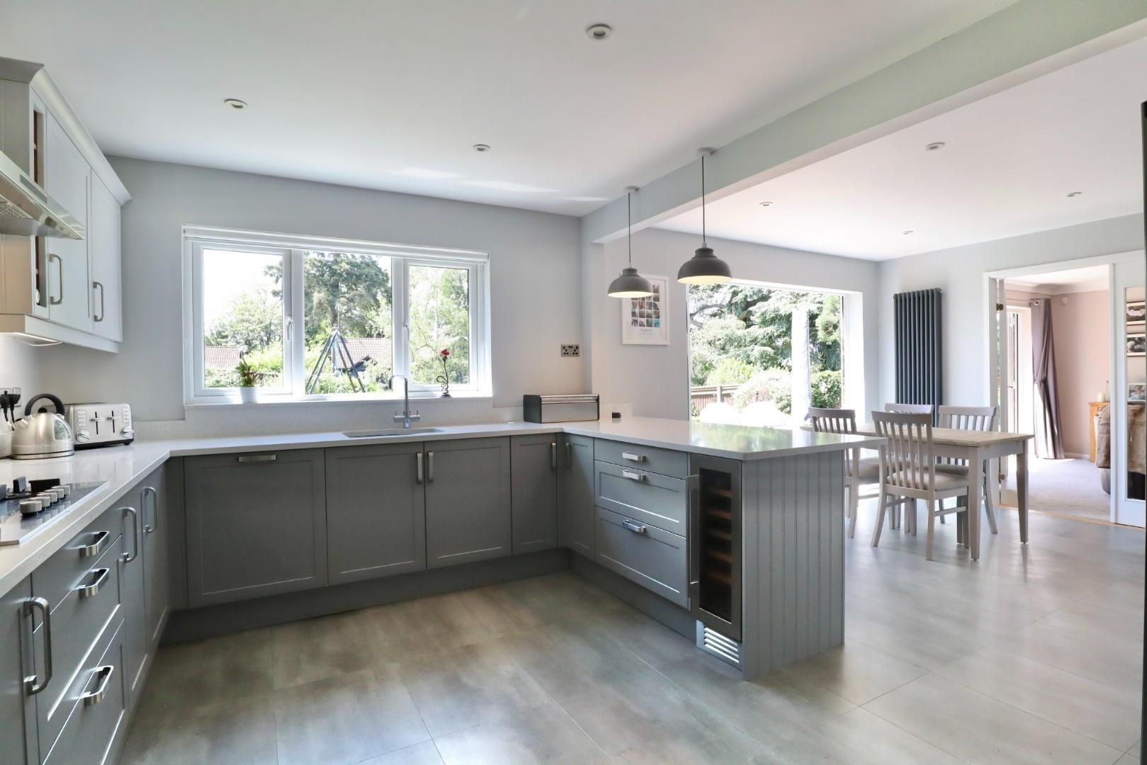 4 bed detached to rent  - Property Image 10