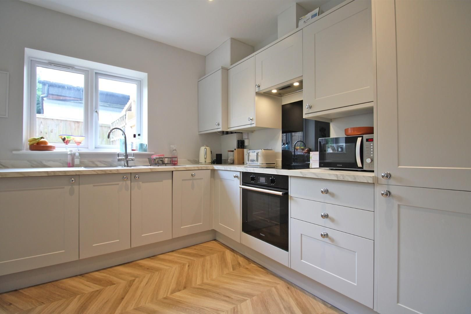 2 bed apartment to rent  - Property Image 3